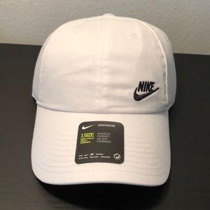 Nike Accessories - Nike Women s Futura Classic H86 Hat one size a872c5207585